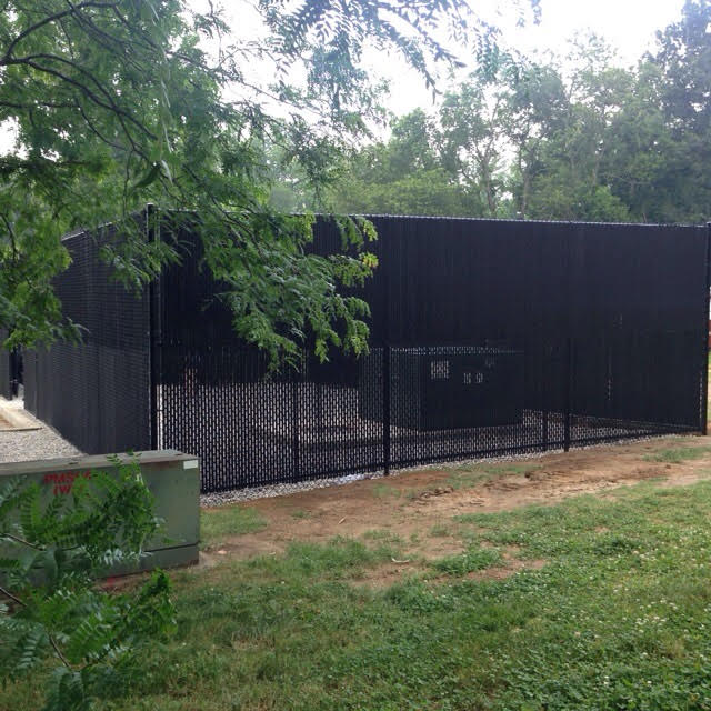 10' All Black Chain link system for Del State in Dover, Delaware